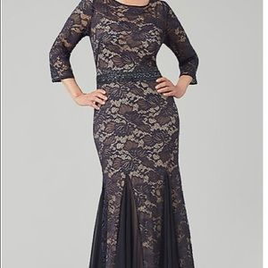 Navy blue lace Evening gown size 8. Bead belt